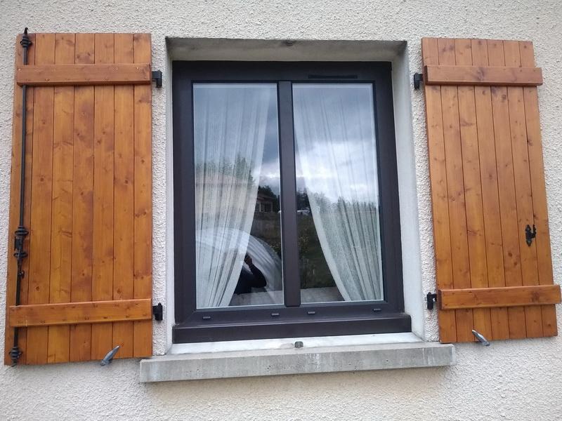 Rénovation: pose de fenêtres aluminium bicolore
