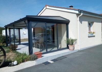 8-pose-chassis-fermeture-veranda-lapendry-menuiserie-loire