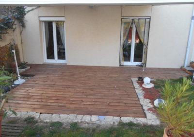 8-pose-terrasse-bois-lapendry-menuiserie-artisan-loire
