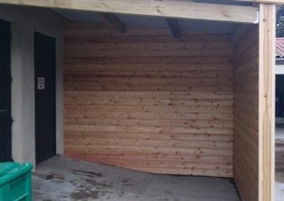 Auvent en bois, entrée des marchandises - Lapendry