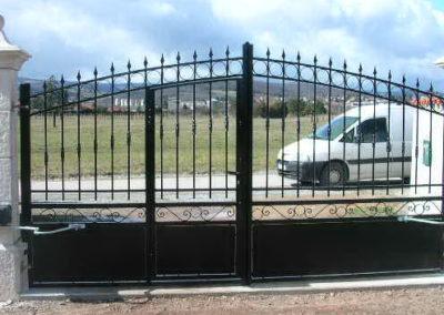 Pose de portail motorisé - Lapendry